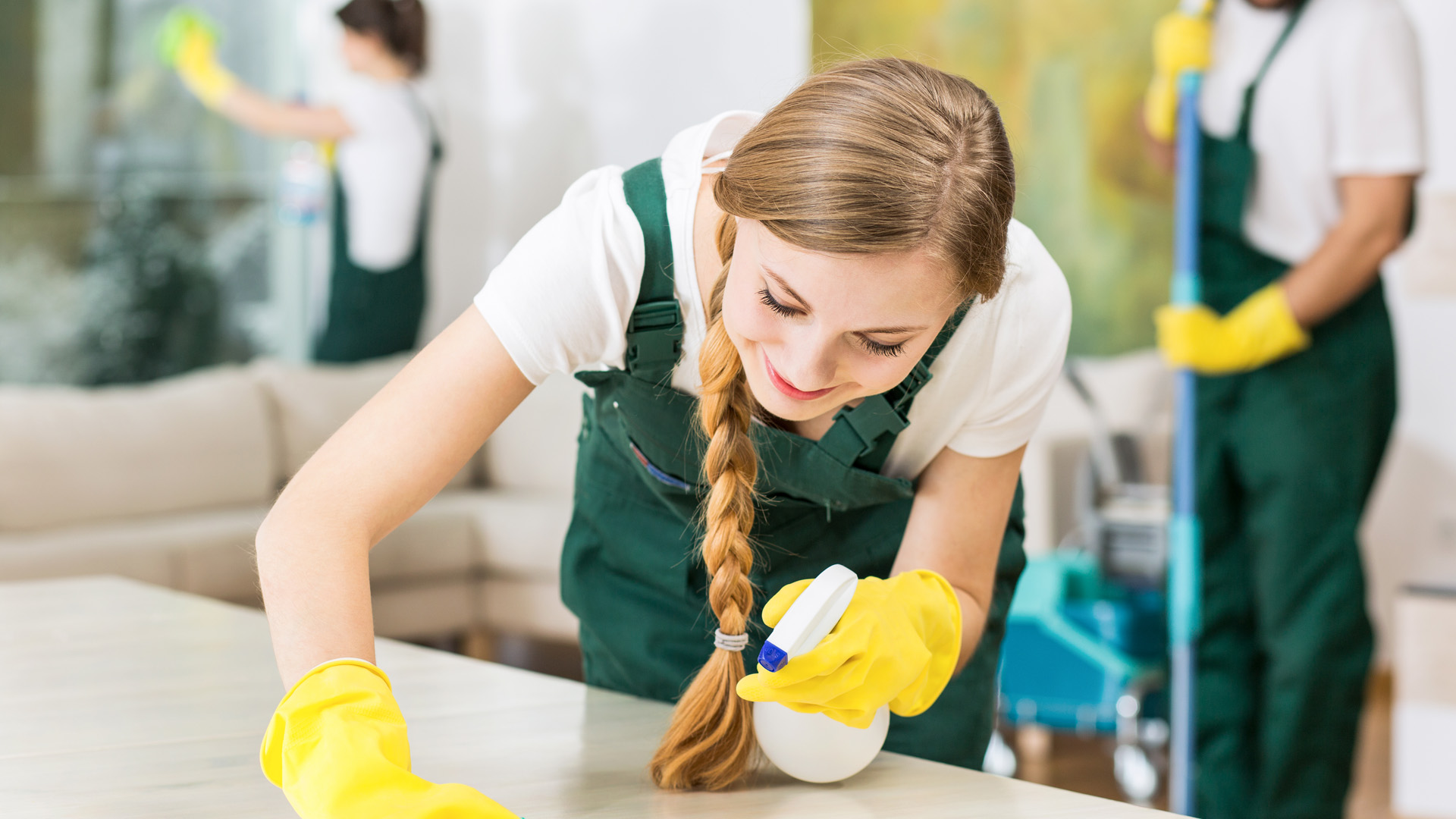 Why school should hire professional cleaning service?