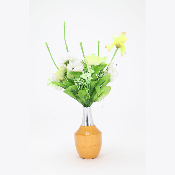 Decorate the Yellow Gold Pot Vase with a Terriffic Twist