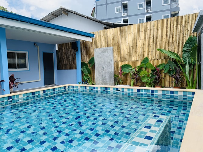 The easiest and best ways to clean a swimming pool