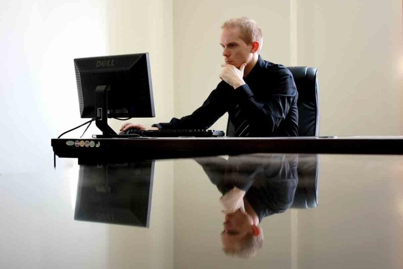 freelance in office