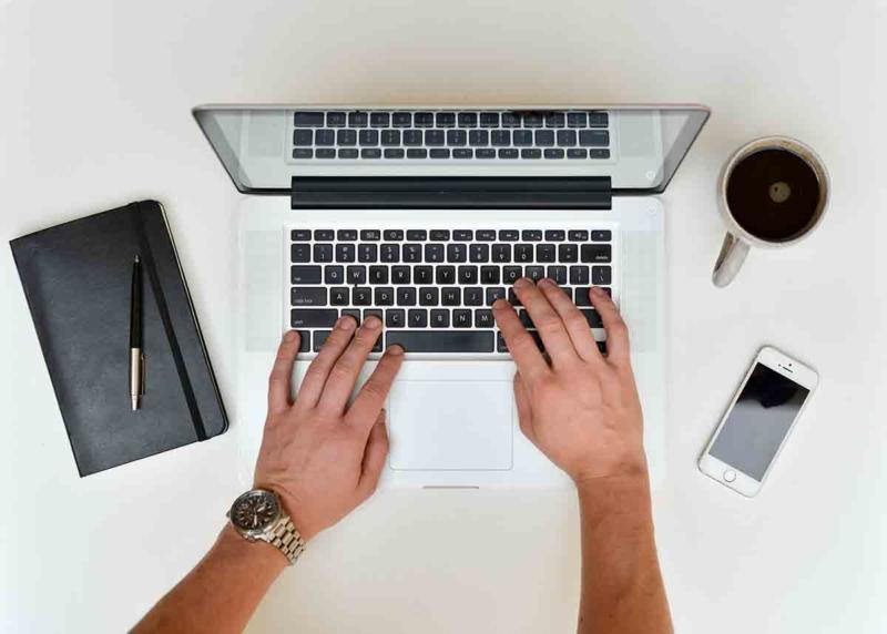 freelancer-at-work